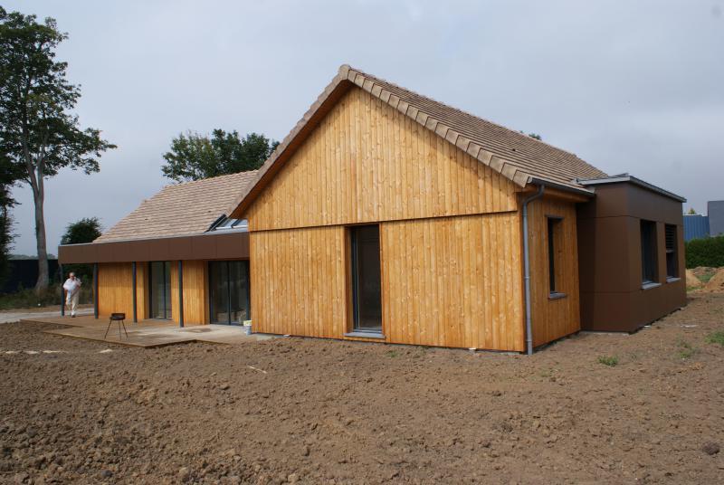 Maison ossature bois, isolation extérieure 76 et menuiseries bois dans le 76
